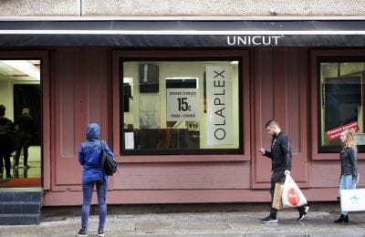Cheap Hair Salon Unicut Berlin