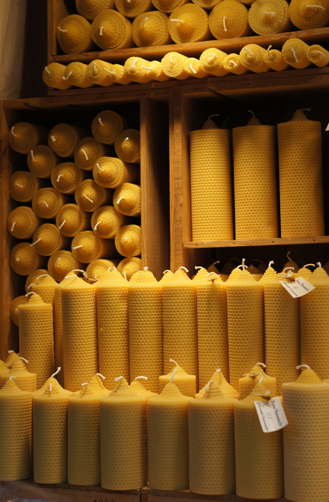 Weihnachtsmarkt Christmas market Germany beeswax kerzen candles