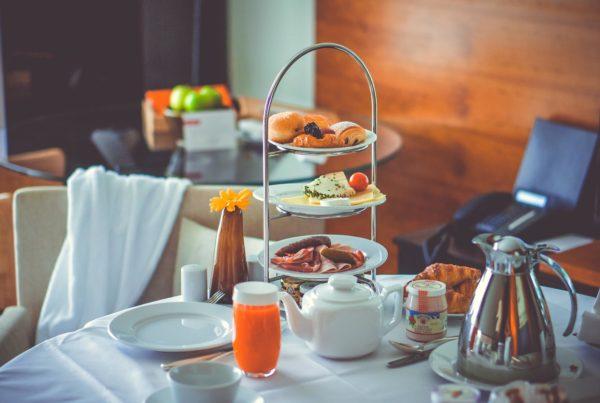 Frühstück Breakfast завтрак five-star hotel отель гостиница room service