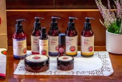 Piemaggio Divina Bellezza beauty hair care skin care body care Hautpflege Haarpflege Körperpflege wine wein косметика вино