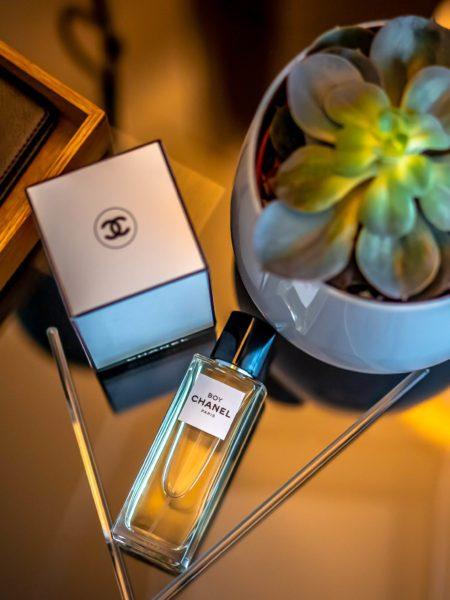 Cosmetiqua niche perfume calender 2020 Chanel Boy