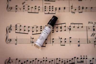Flamenco Neroli, The Darbouka, Rose Trombone, Encens Asakusa, Cuir Kora, Piano Santal